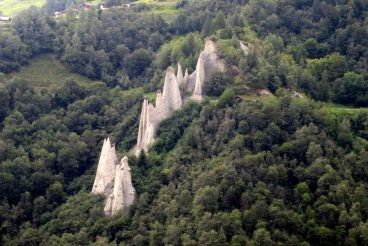 The Earth Pyramids of Euseigne
